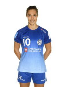#10 Nicoline Olsen, bagspiller